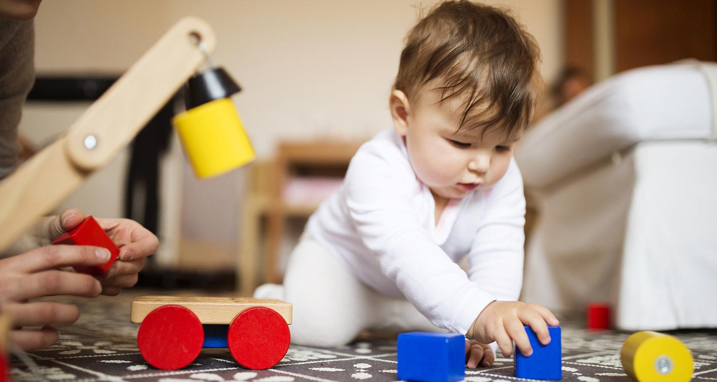 Babies foerdern Montessori Pikler Pekip