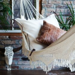 luna mum the first magazine for modern mums. Black Bedroom Furniture Sets. Home Design Ideas