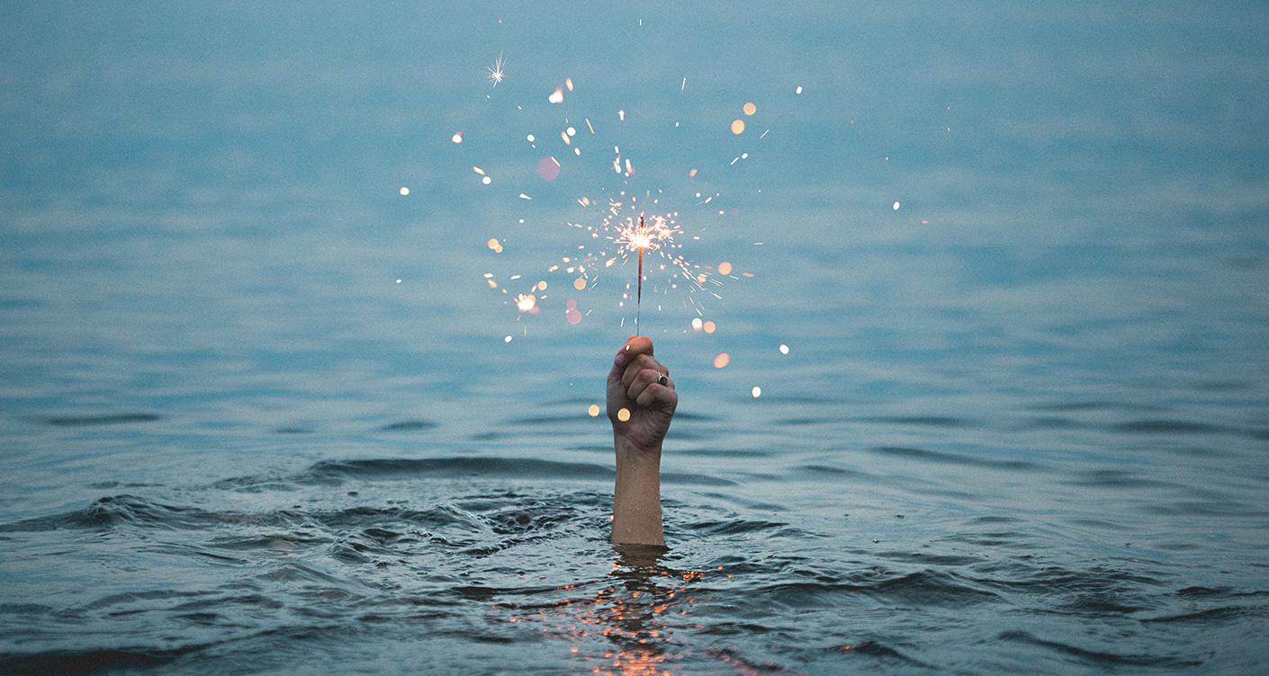 Wunderkerzen im Wasser