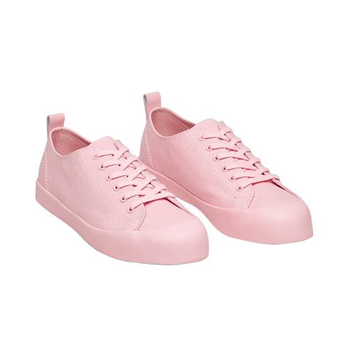 pastellfarben-schwangerschaft-sneakers
