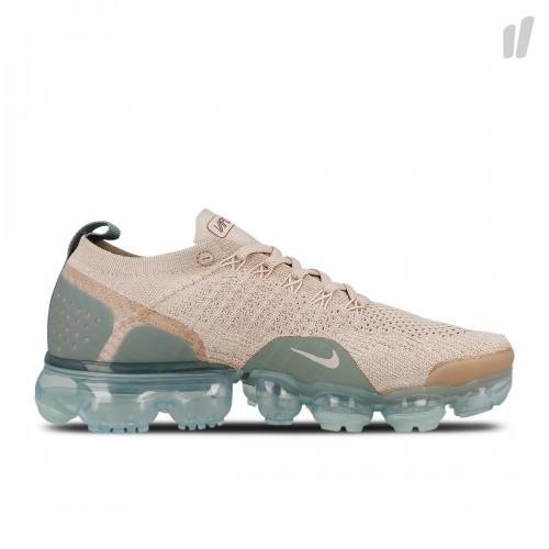 mum sneaker1