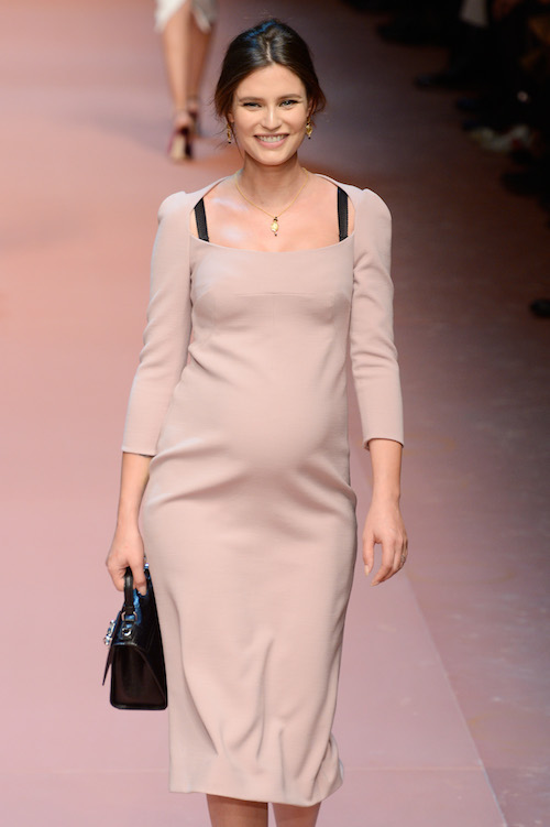 Bianca Balti schwanger Catwalk Dolce Gabbana