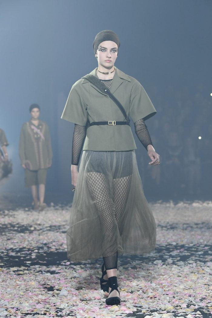 Utility Jacke Christian Dior : Runway - Paris Fashion Week Womenswear Spring/Summer 2019