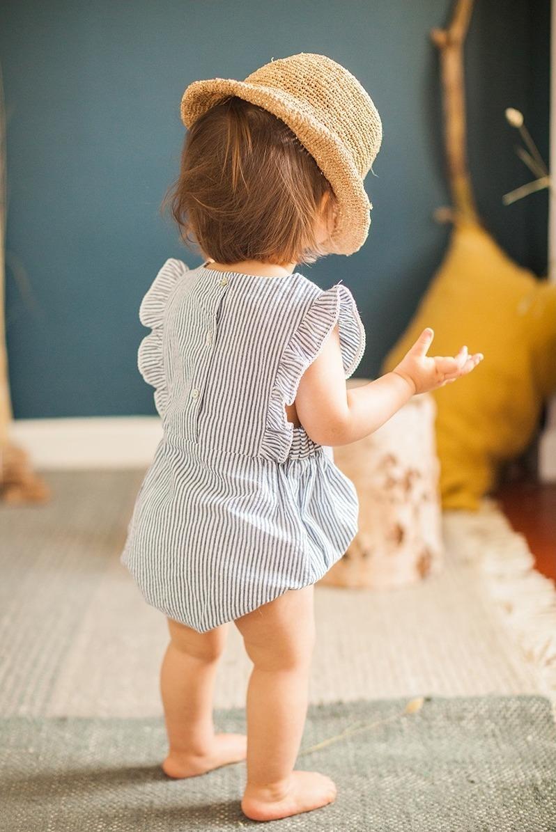 Babymode Marke Marlot Paris Streifen Strampler